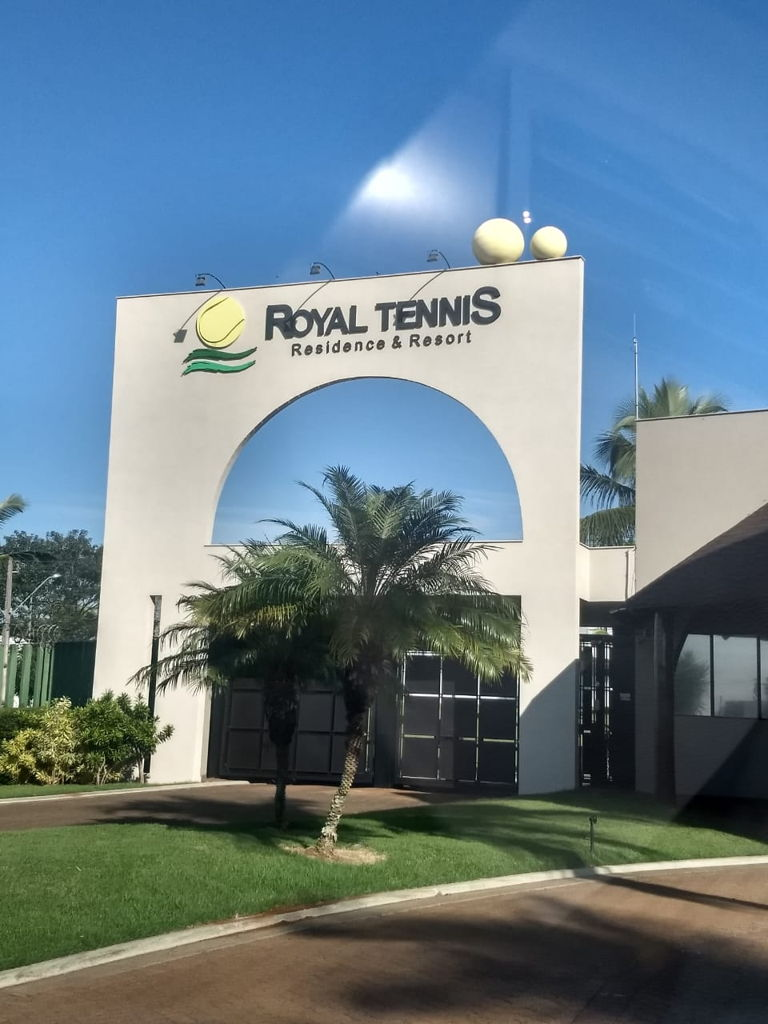 Royal Tênnis Residence & Resort